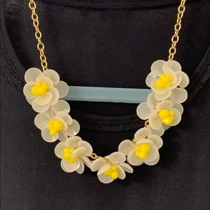 NWT Talbots Flower Necklace